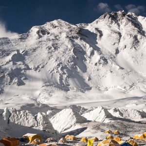 Path-to-Everest-mit-Kilian-Jornet-Summits-of-my-LifeLymbus