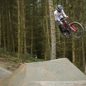 Vision - A new female led Freeride Mountain Bike Film -AMP-Global-Media-Rider-Veronique-Sandler-Fotokredit-Tom-Roberts